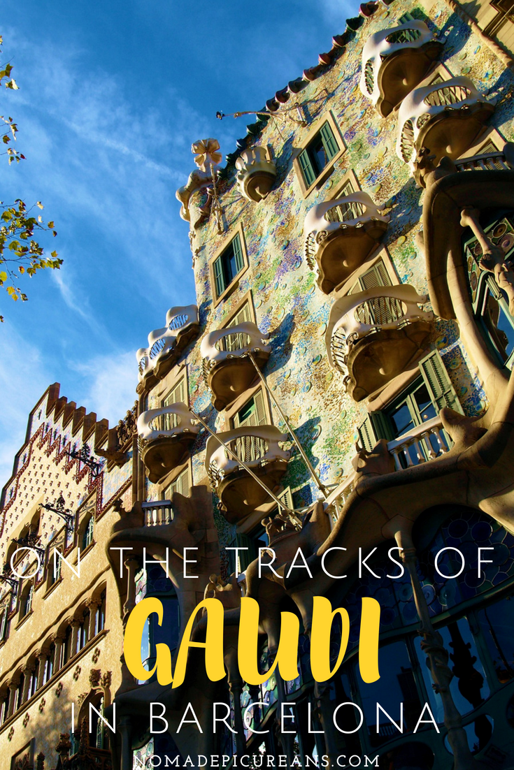 gaudi self guided walking tour