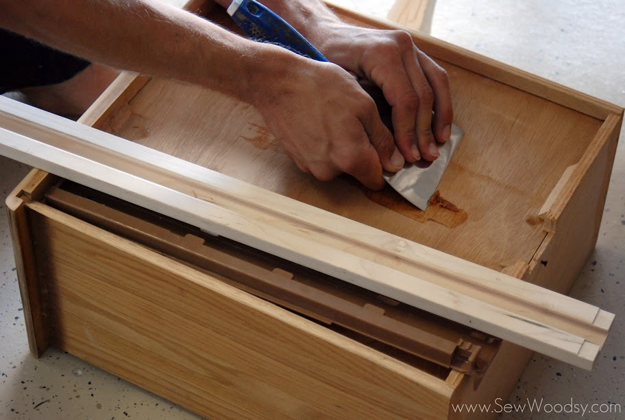 wooden drawer center guide rail
