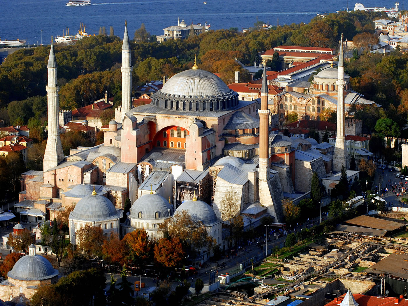 tour guide in istanbul turkey